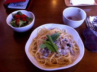 上越吉川のcafeわんこ亭、きのこのクリームパスタ