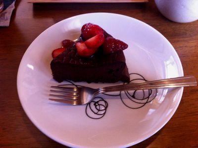 上越吉川のcafeわんこ亭、チョコレートケーキ